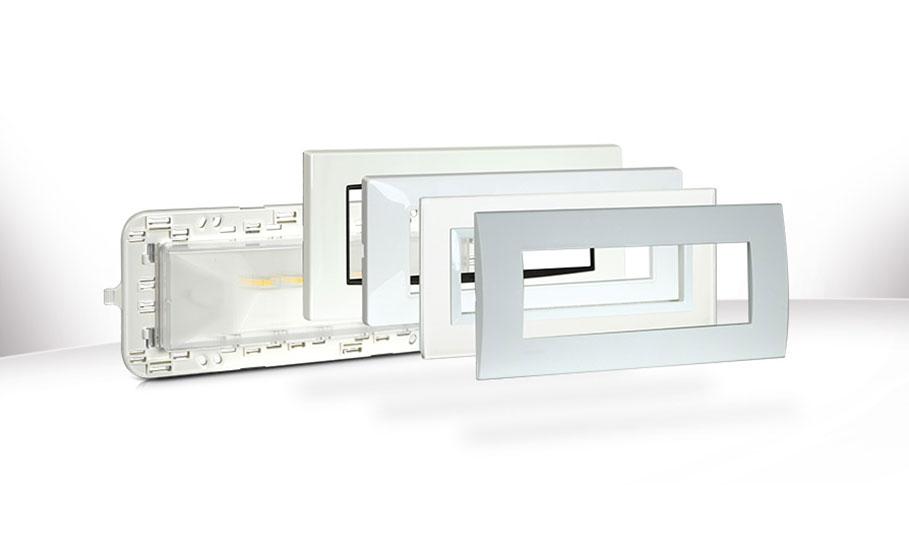 Lampada di emergenza multicompatibile a LED: una novità assoluta per la sicurezza