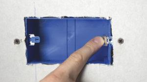 Tutorial installativo scatole da incasso RIVOBOX per pareti in cartongesso o tramezze leggere