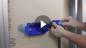Video: Sistema di fissaggio del tubo corrugato su pareti in cartongesso per scatola RIVOBOX 253X4CG
