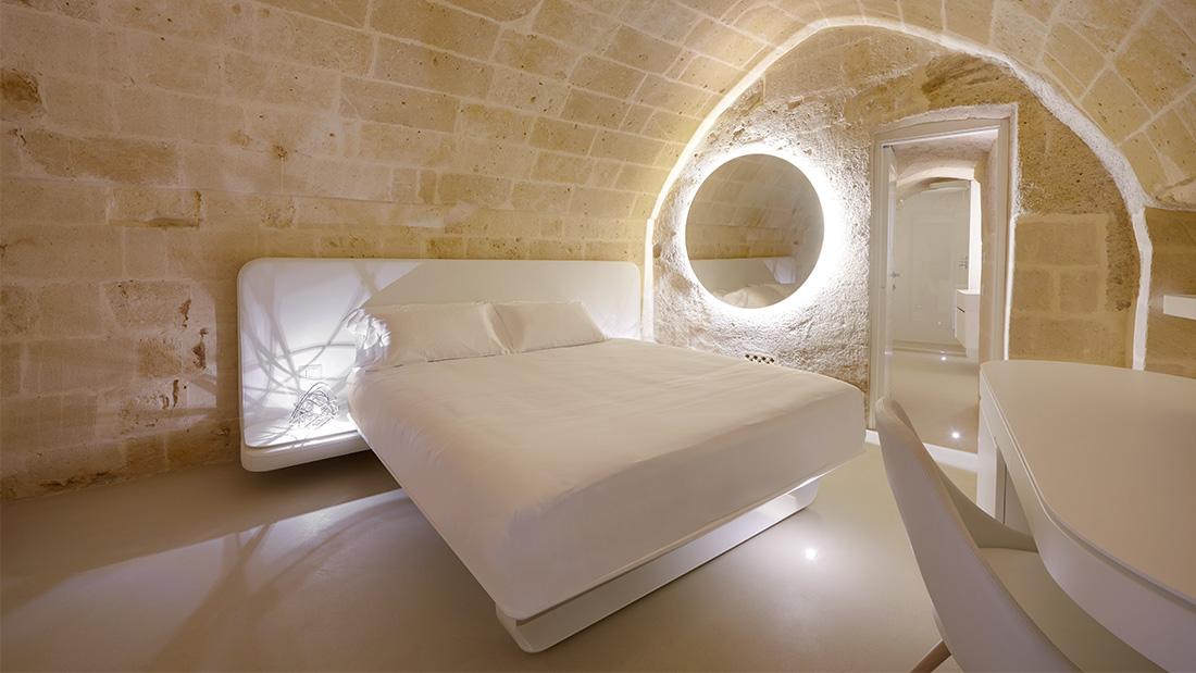Il nuovo Aquatio Cave Luxury Hotel & SPA sceglie il design e la domotica AVE