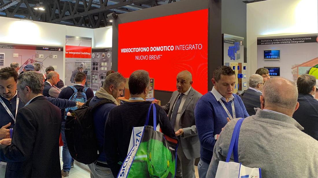 Smart Building Expo: grande successo per AVE