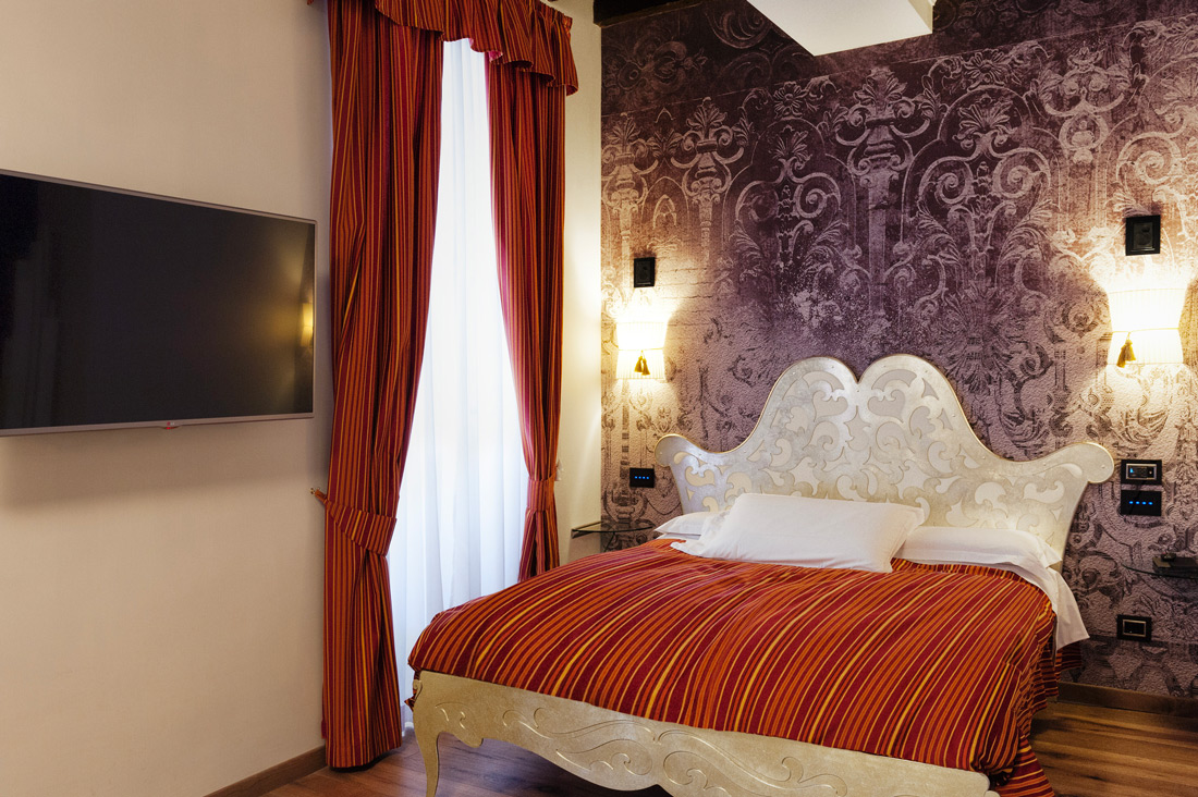 Comandi touch AVE all'hotel Ripetta Palace di Roma