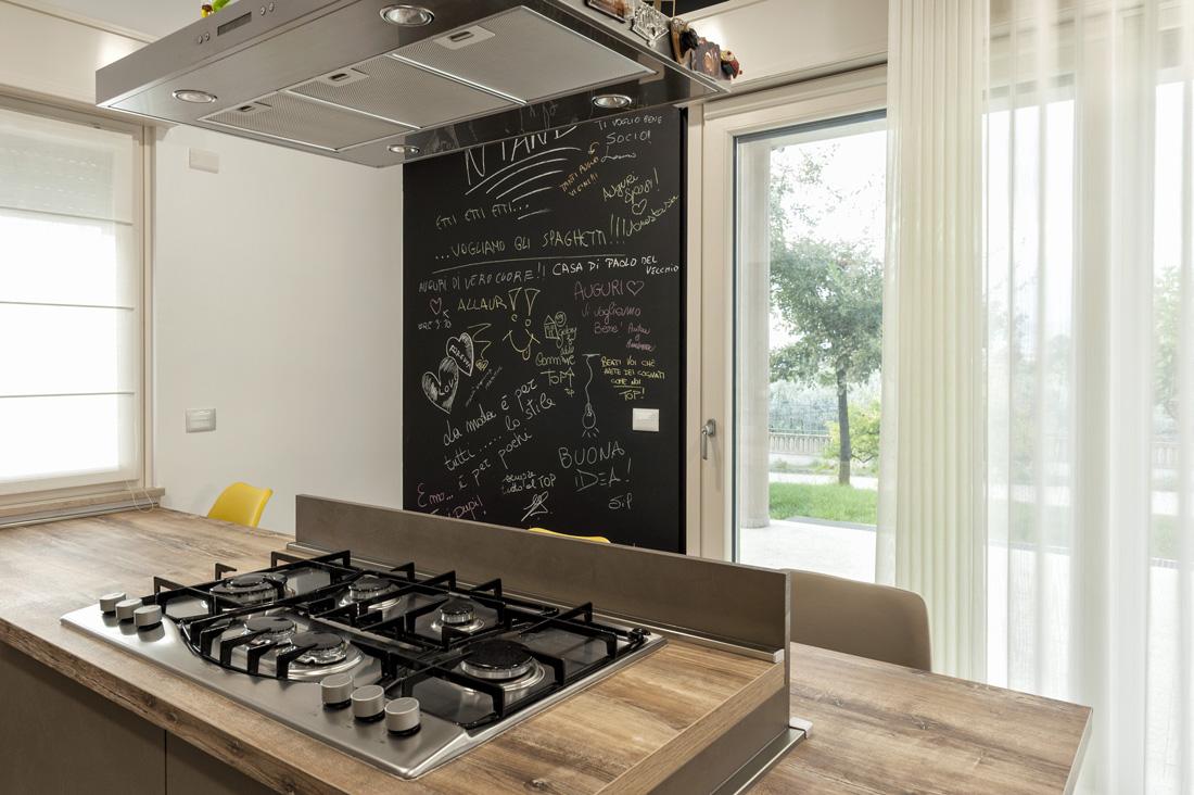 Domotica in cucina con interruttori AVE