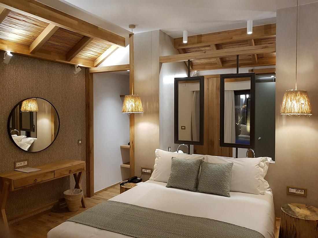 Impianto elettrico AVE nell'hotel di Creta