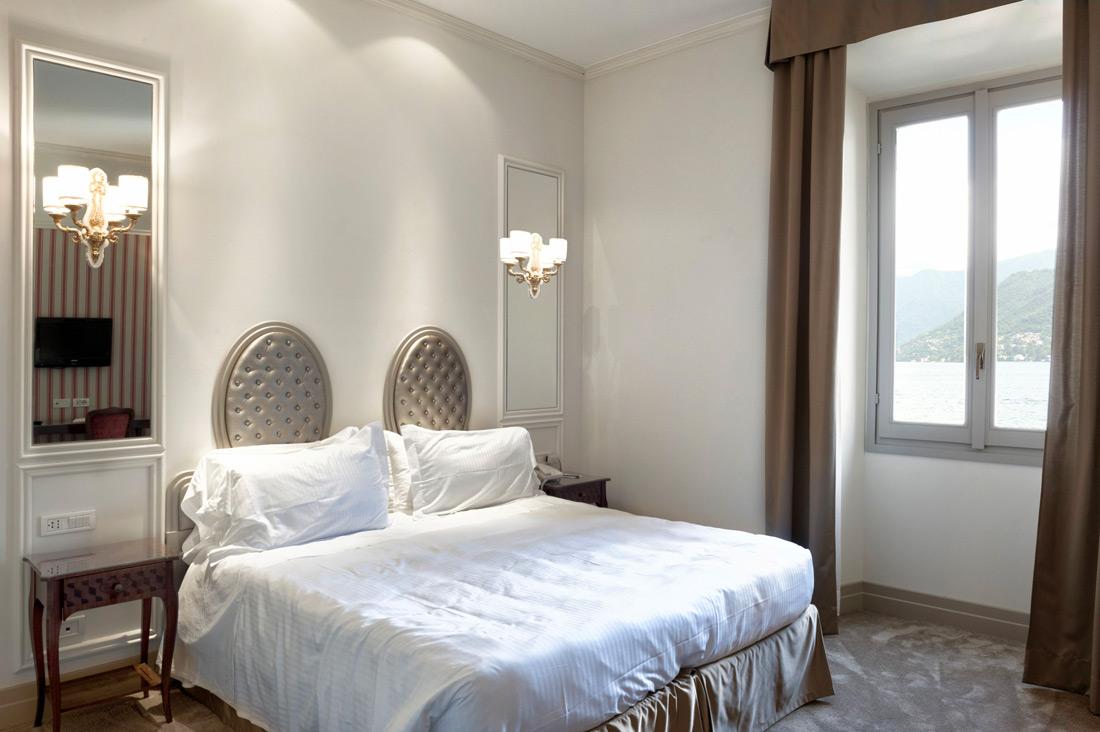 Impianto elettrico di camera AVE - Hotel Villa Flori