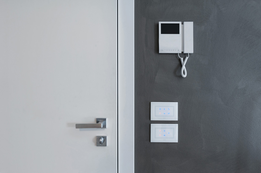 Interruttori AVE Multi-Touch con feedback di stato