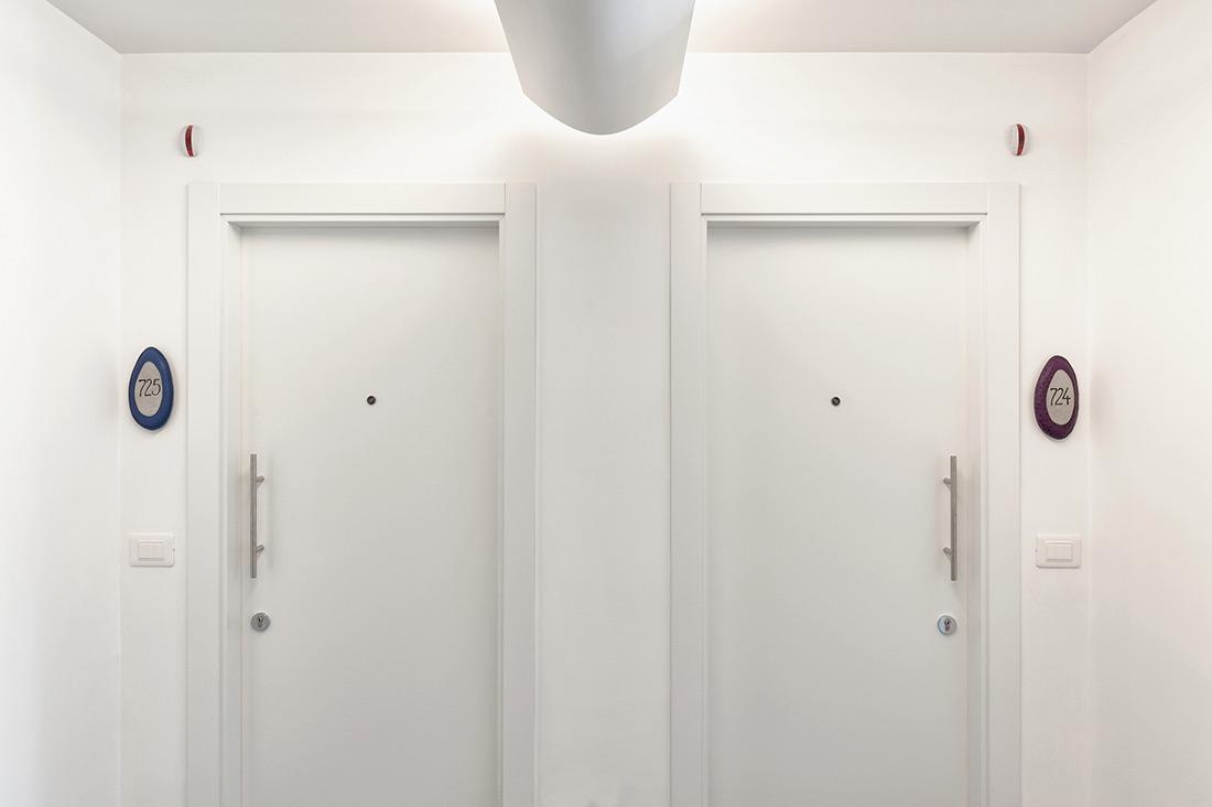 Interruttori AVE per hotel bianchi