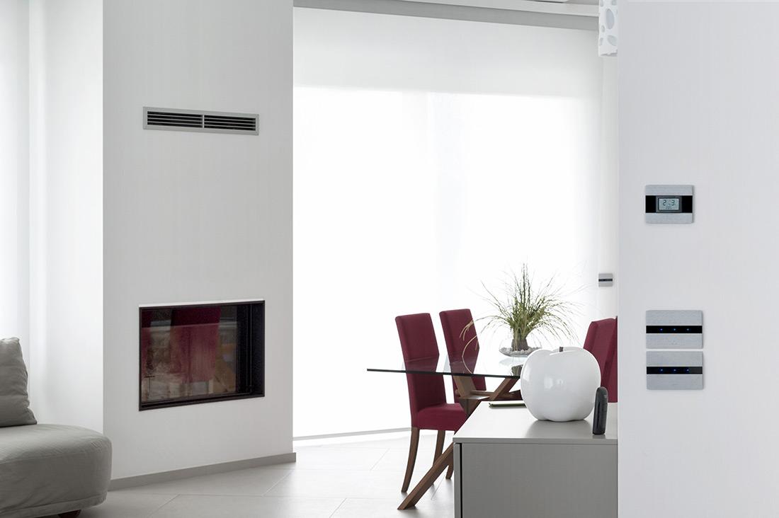 Interruttori touch con design in alluminio per smart home