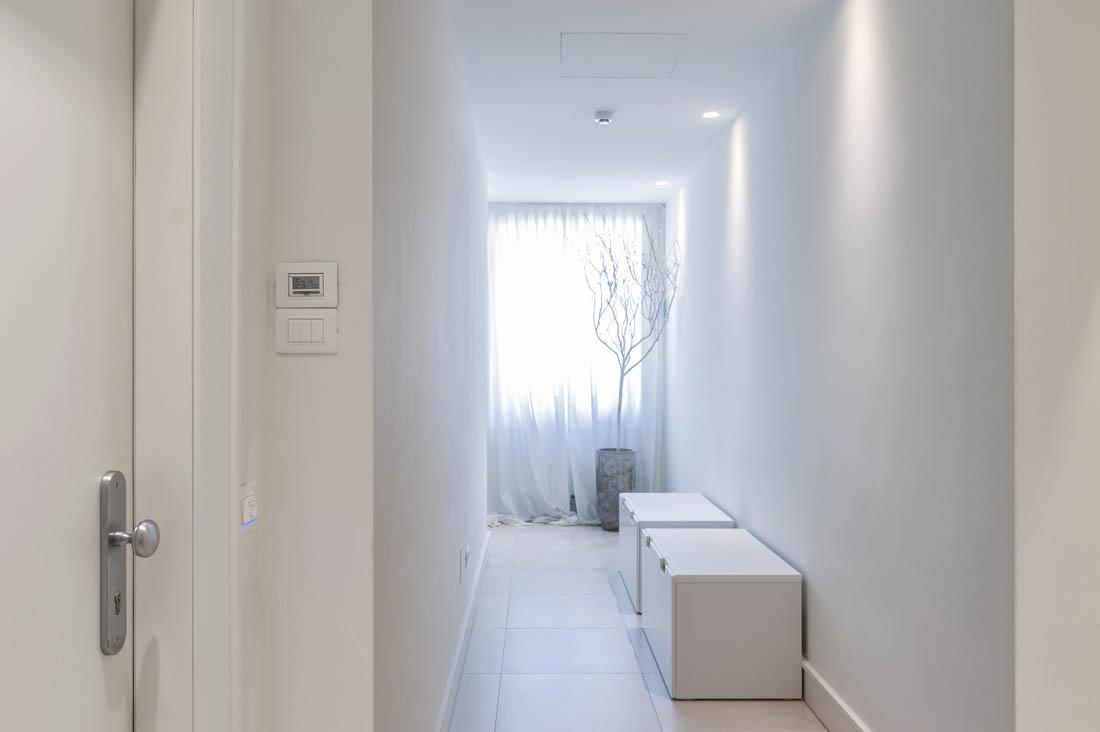 Interruttore elettrico AVE bianco per hotel