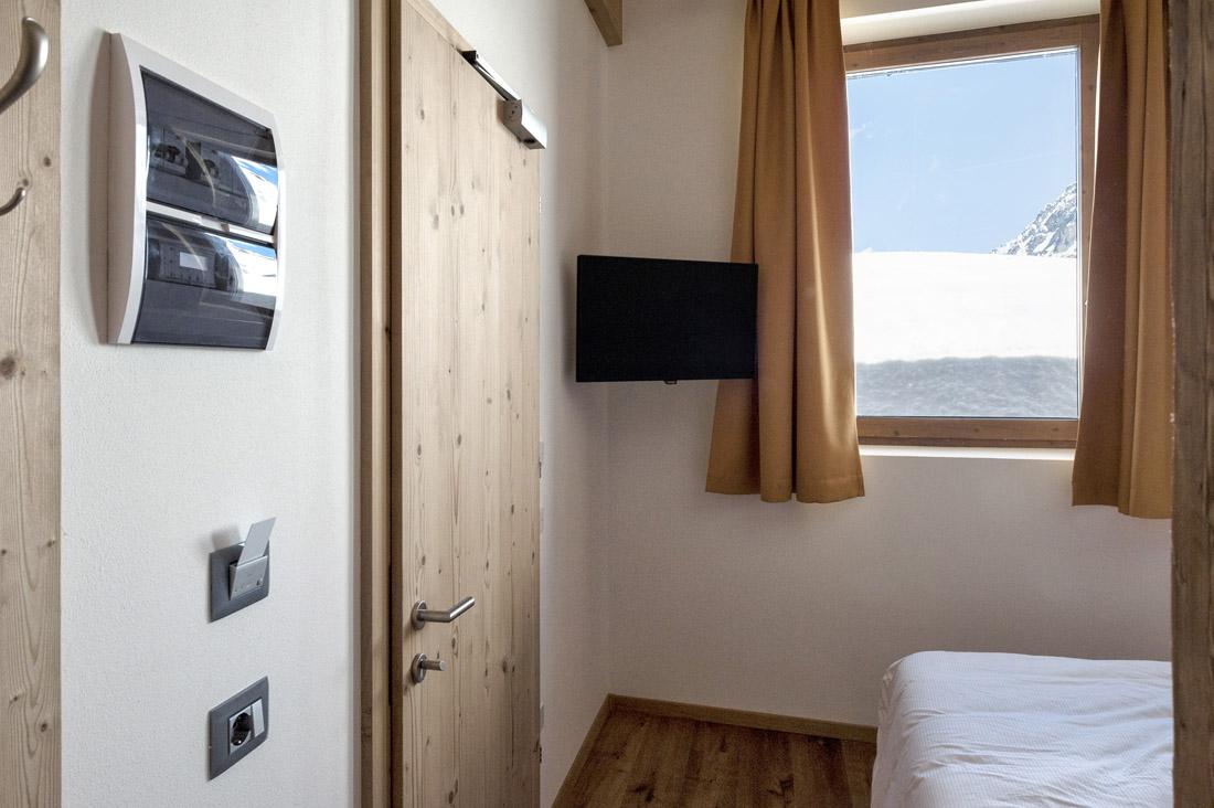 Lettore di card per hotel - Design AVE Allumia 44