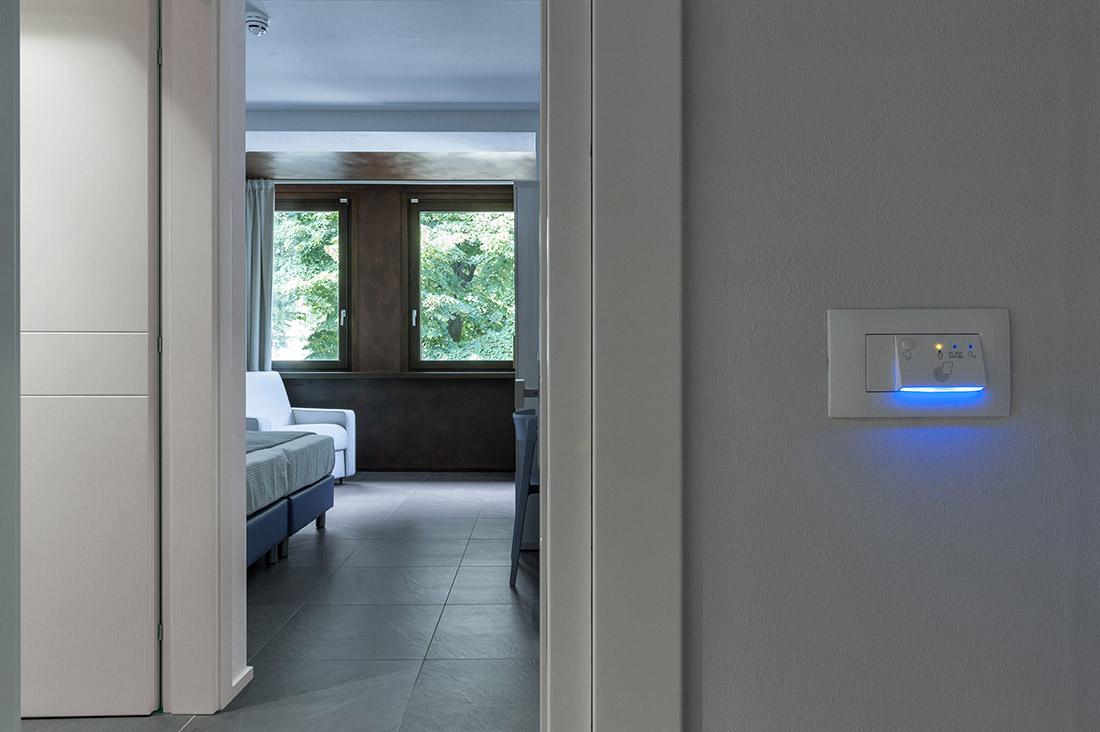 Lettore esterno camera hotel per gestione alberghiera