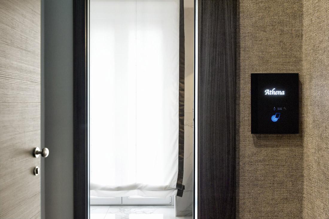 Lettore per hotel personalizzato con controlli touch