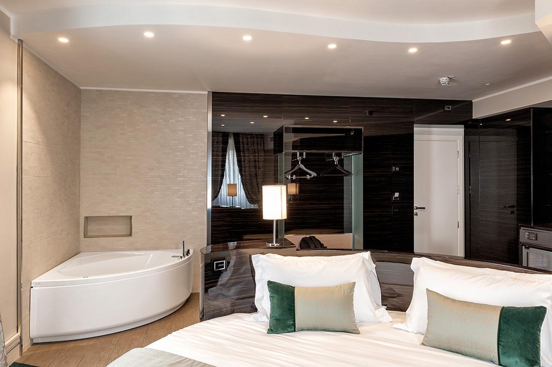 Placche AVE per testata letto - Gioberti Art Hotel di Roma