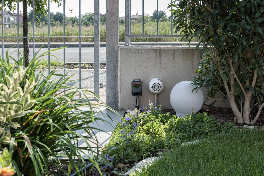 Presa elettrica per giardino