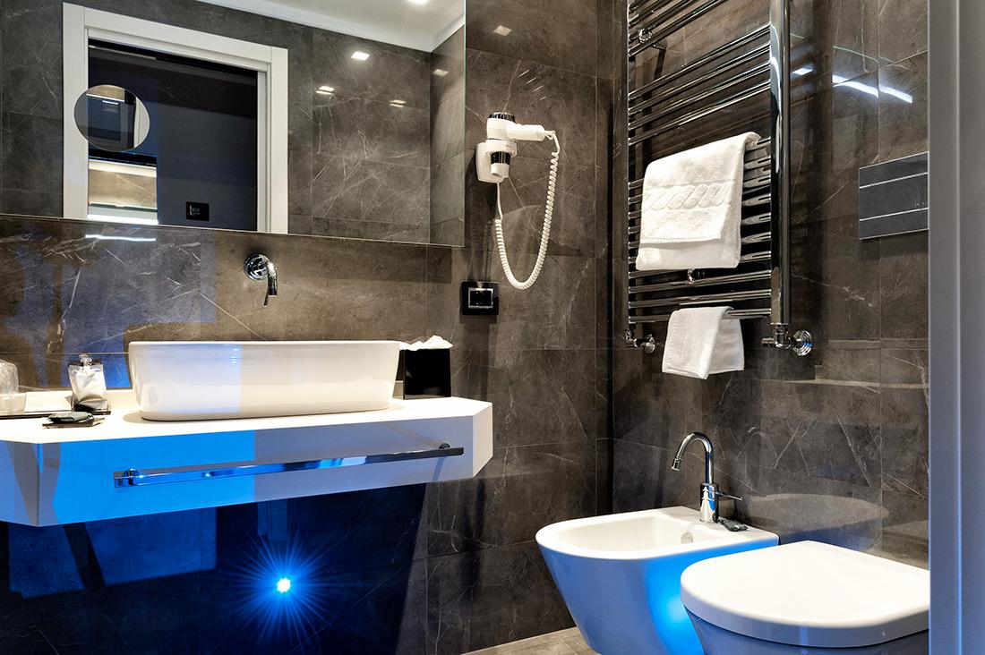 Prese elettriche per hotel - Bagno