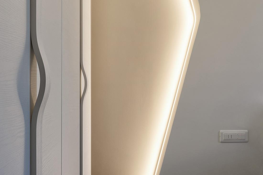 Punto luce con presa e interruttori AVE illuminabili