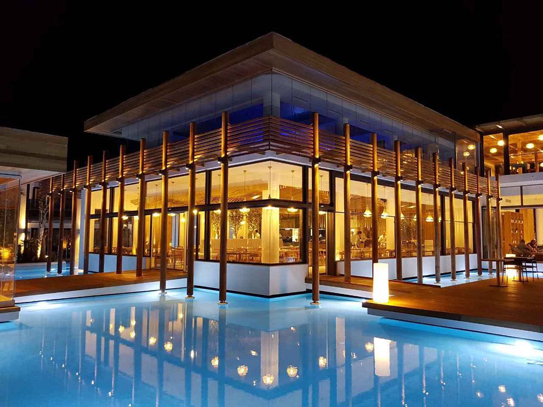 Referenza AVE Hotel a Creta - Piscina