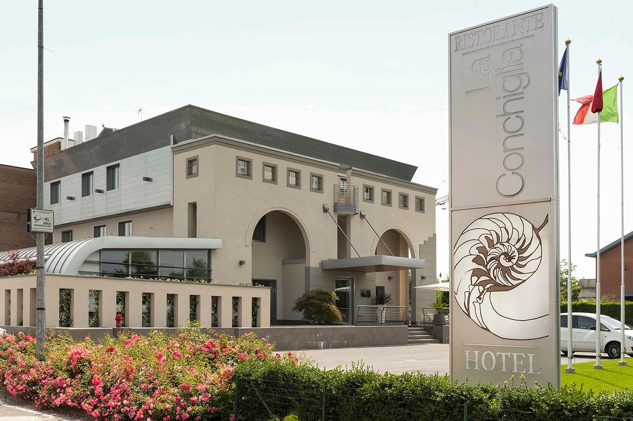 Referenza AVE Hotel Ristorante La Conchiglia - Vista Esterna