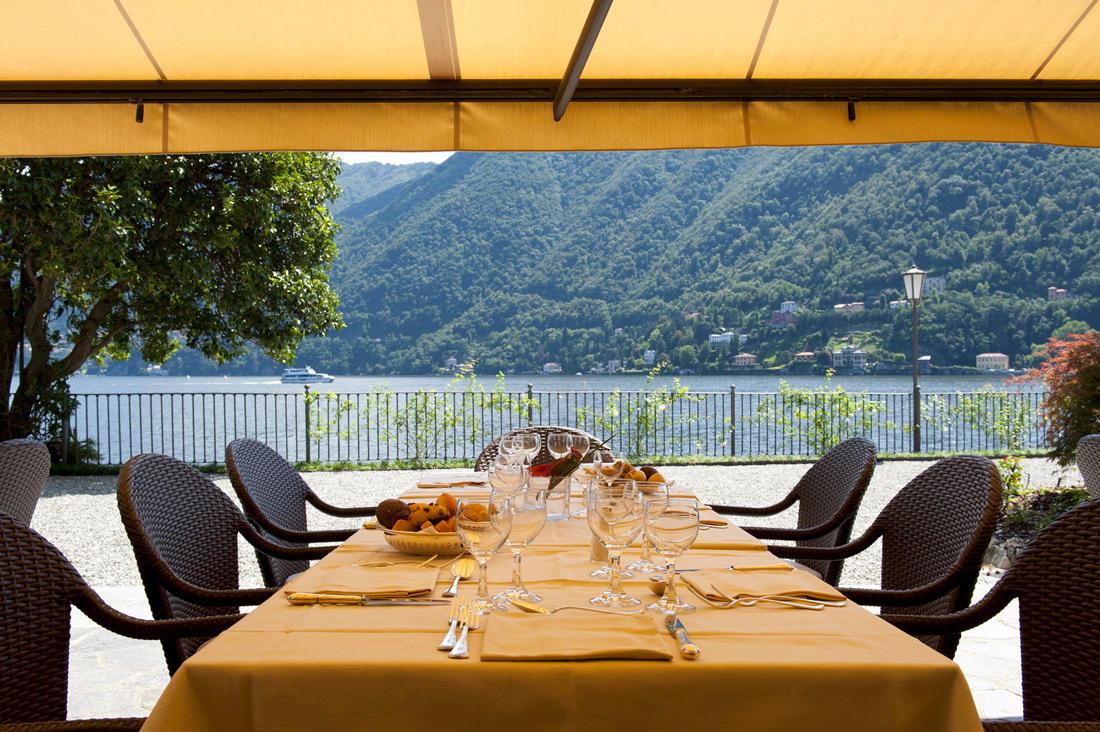 Referenza AVE Hotel Villa Flori - Vista Esterno