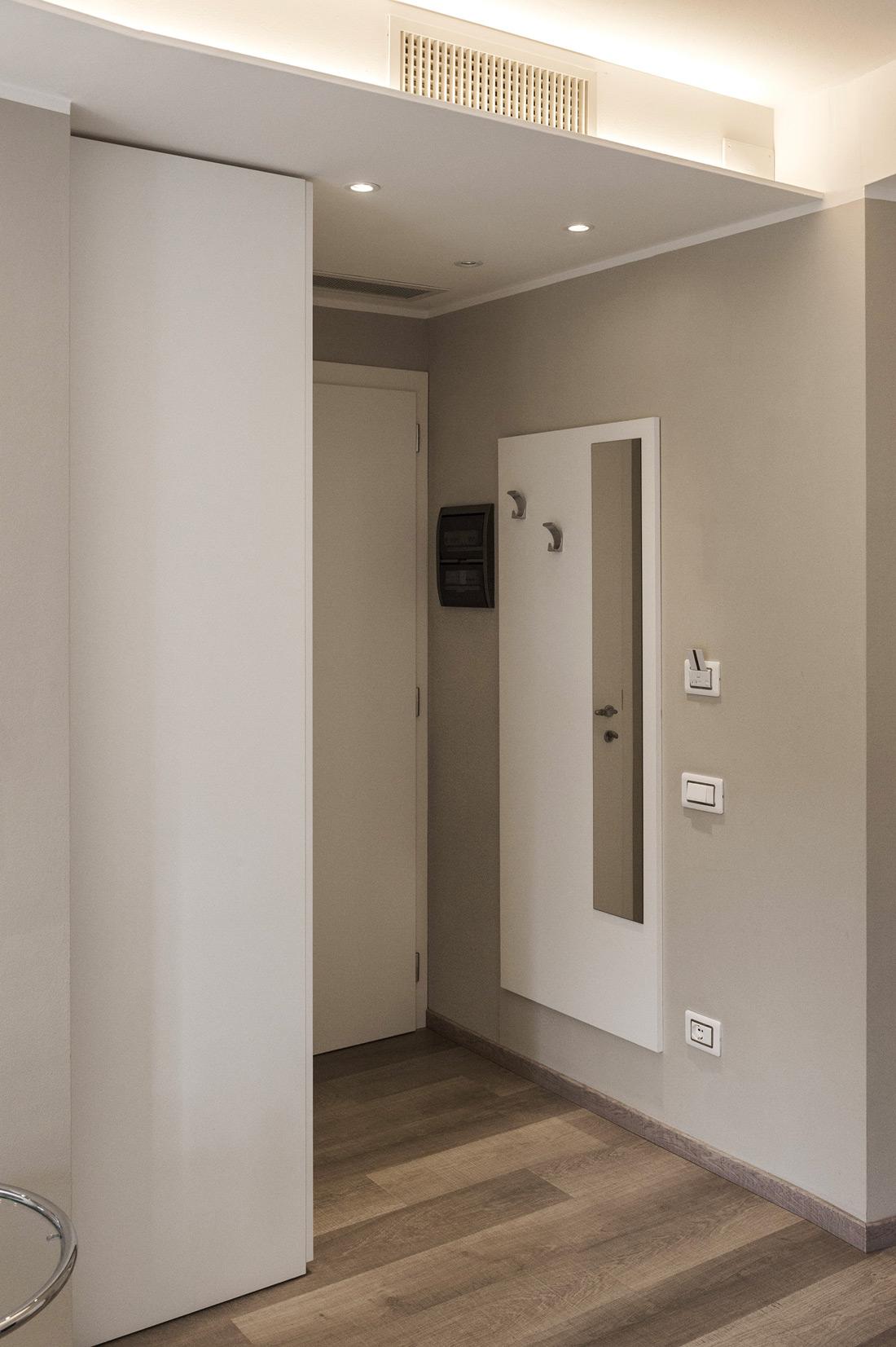 Sistema di accesso alla camera d'albergo