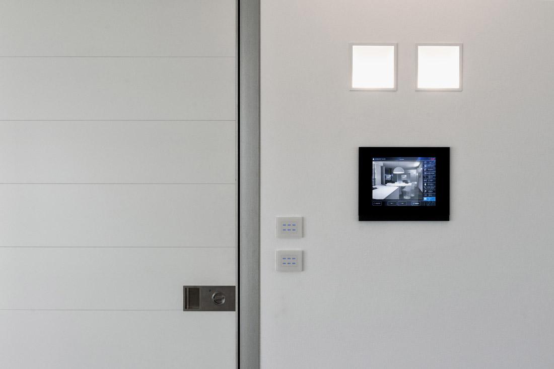 Supervisore domotico interattivo con display touch screen