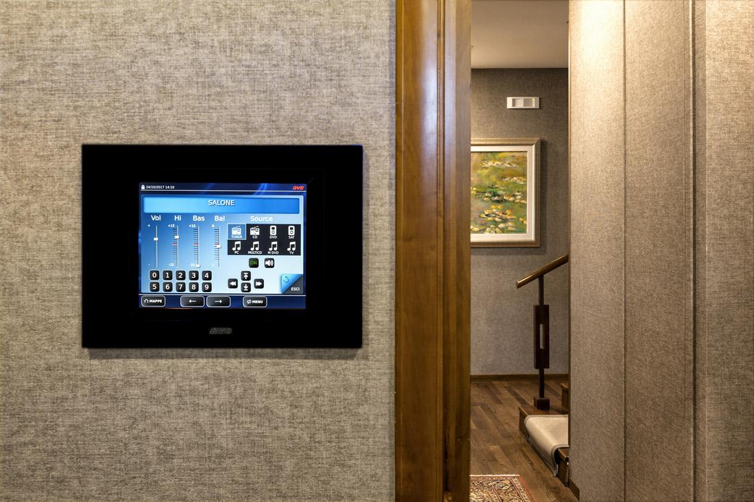 Touch Screen della domotica AVE con gestione della diffusione sonora