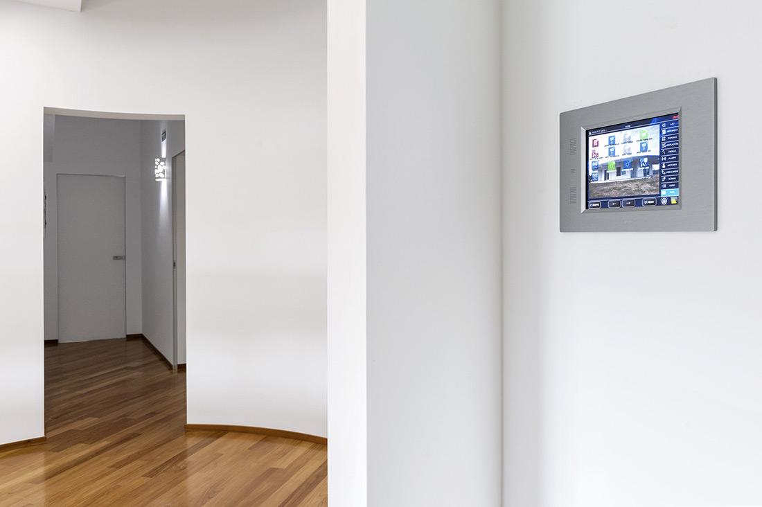 Touch Screen della domotica AVE per la smart home