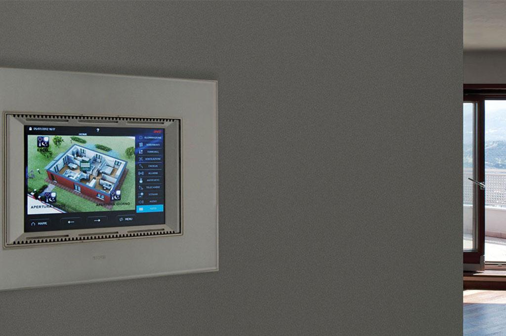 Touch Screen domotica AVE DOMINA plus con placca in vetro