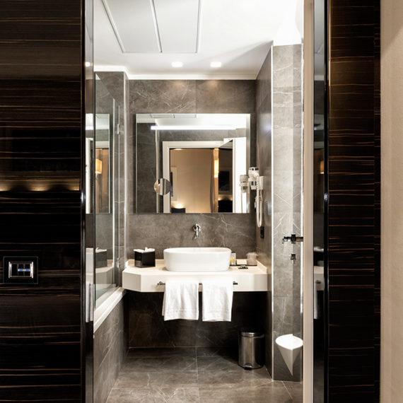 AVE Switches with glass front plate - Gioberti Art Hotel