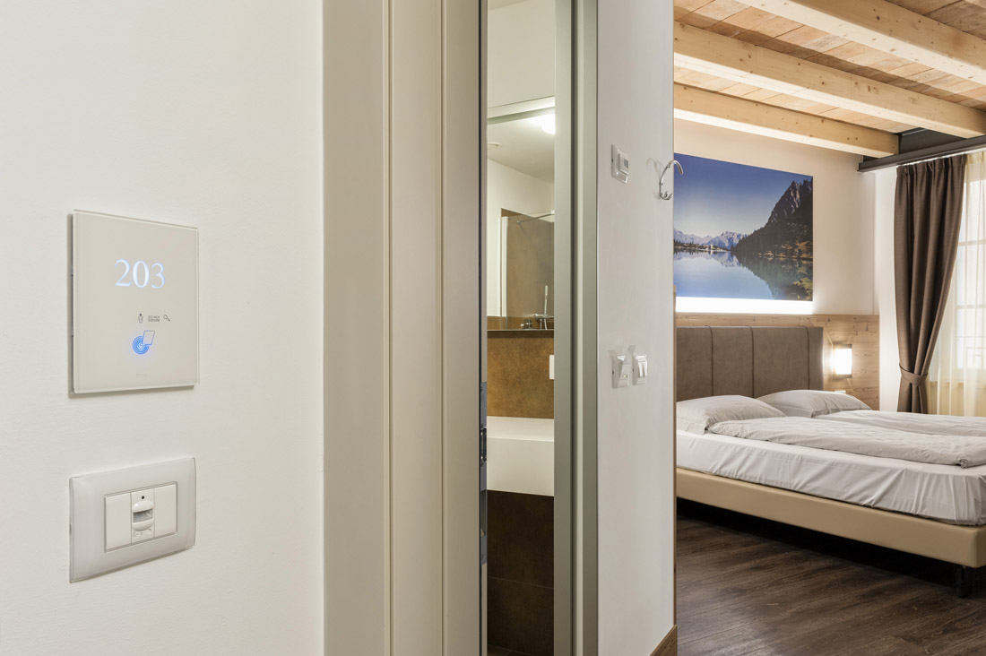Lettore per hotel touch personalizzato