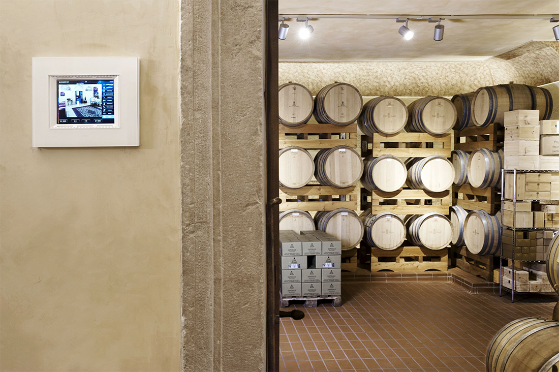 Touch Screen for Wine cellars supervision