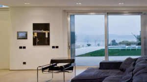 From Lake Garda a very elegant villa with AVE home automation