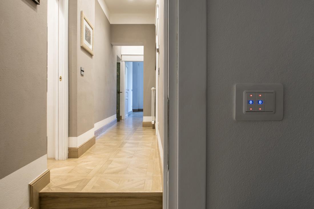 Punto luce domotica AVE - Interruttori con gemma illuminabile