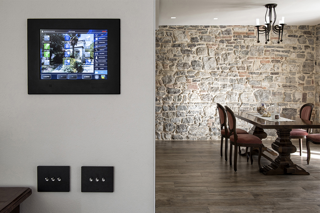 Touch Screen domotico AVE DOMINA Smart
