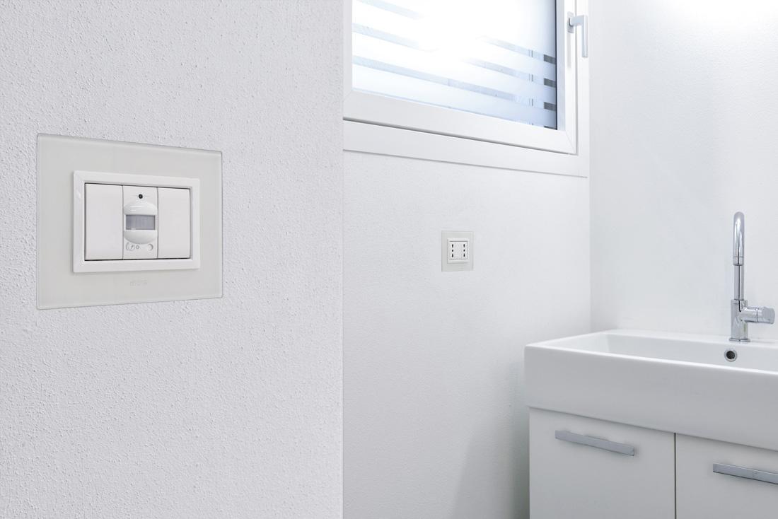 Sensore domotica AVE a filo muro