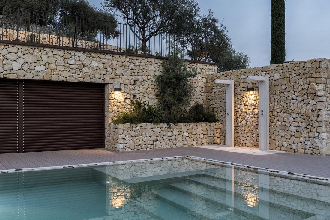 Gestione domotica delle luci e della copertura della piscina – San Pietro in Cariano (VR)